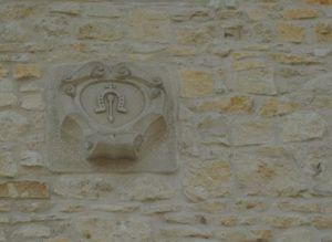Herb na wieży - Zamek w BobolicachZamek w Bobolicach